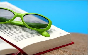 book-sunglasses-beach pic