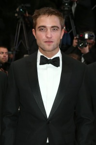 I missed seeing Rob in a tux...Stunning. My acute fondness of him is renewed.