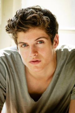 Daniel Sharman is my Ethan Holt. So pretty...